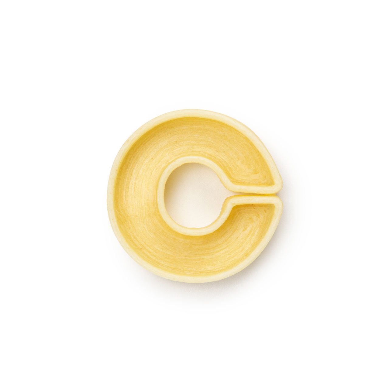 La lettera C di pasta