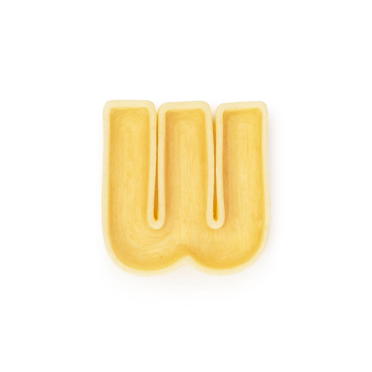 La lettera W di pasta